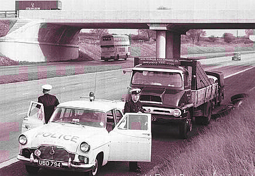 Ford Zephyr 6 motorway police car