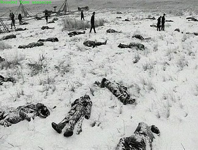 http://www.bruceonpolitics.com/wp-content/uploads/2015/02/wounded-knee-650.jpg